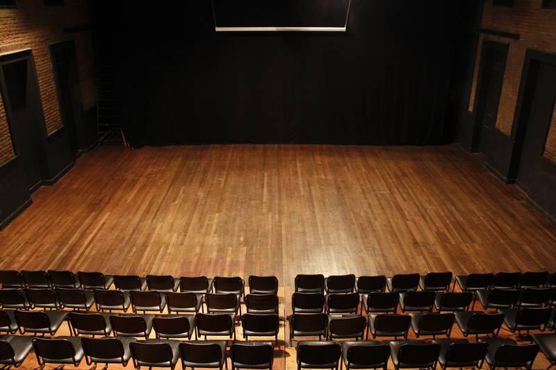 Clases De Teatro Teatro El Trampolin   apexwallpapers.com