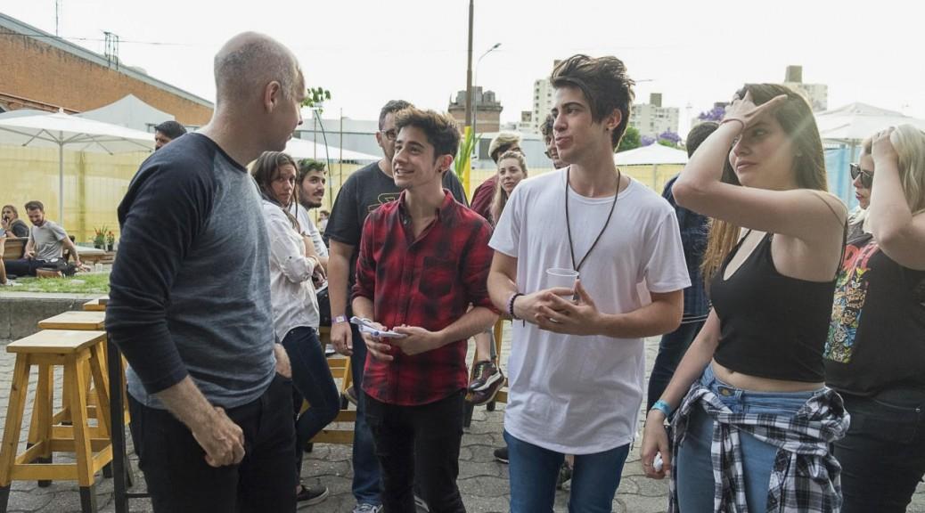 Larreta junto a youtubers