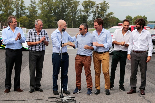 Anuncio proyecto Autódromo (1)